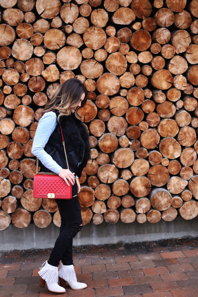 wood wall_mountain town fresh