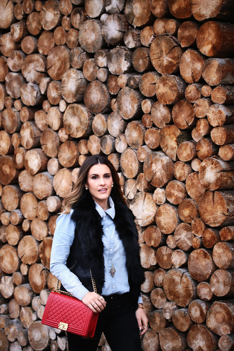 wood wall_mountain town fresh_sbk_8