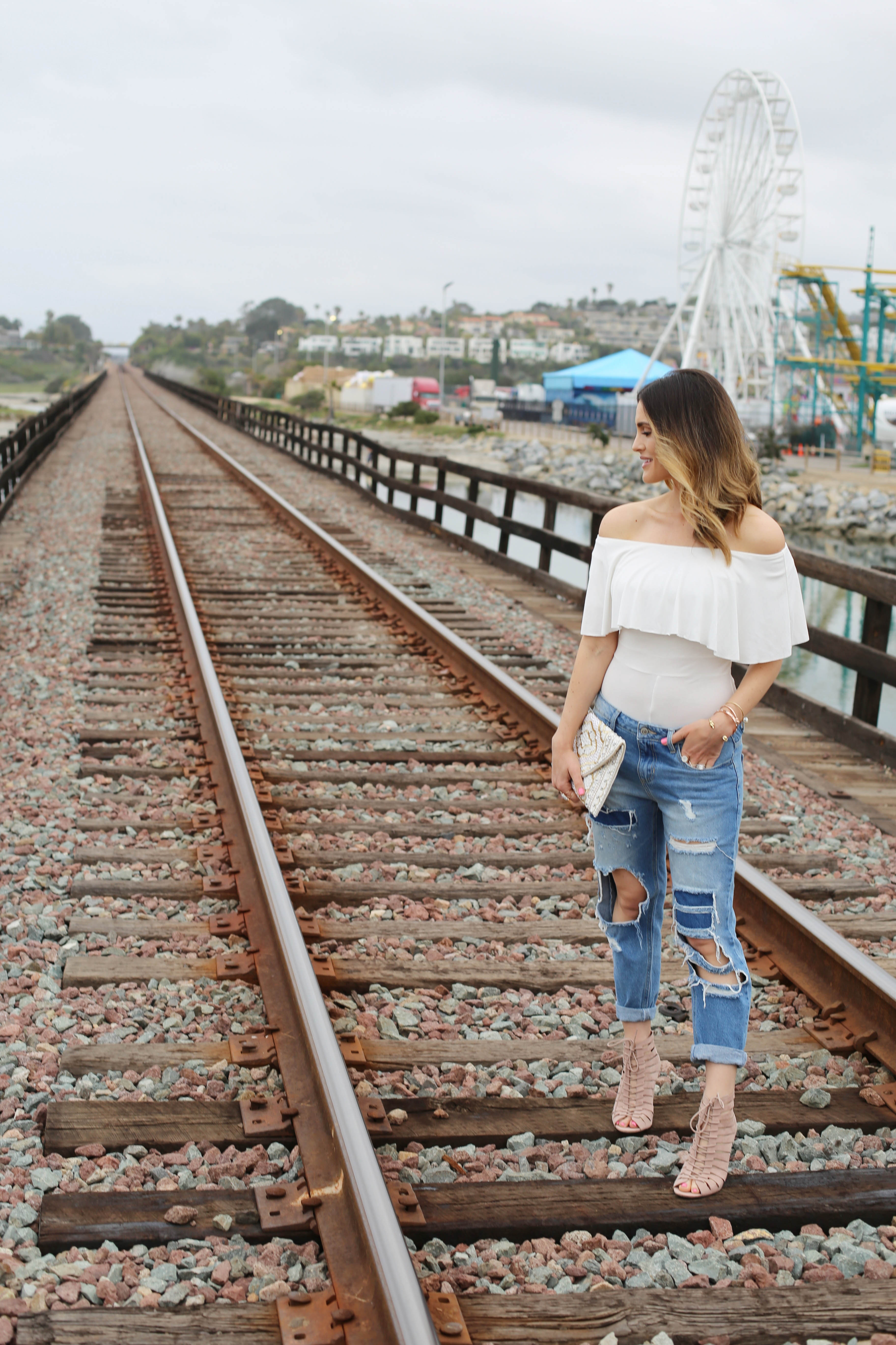 on the tracks_off the shoulder_sbk_1