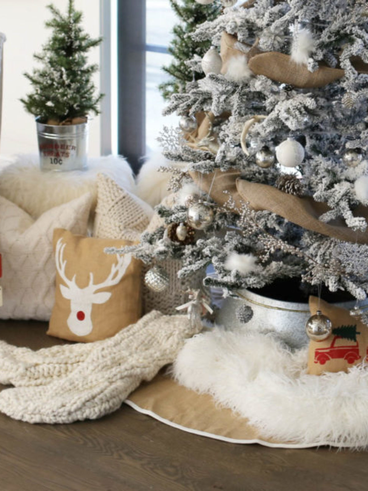 farmhouse christmas tree_sbkliving_10