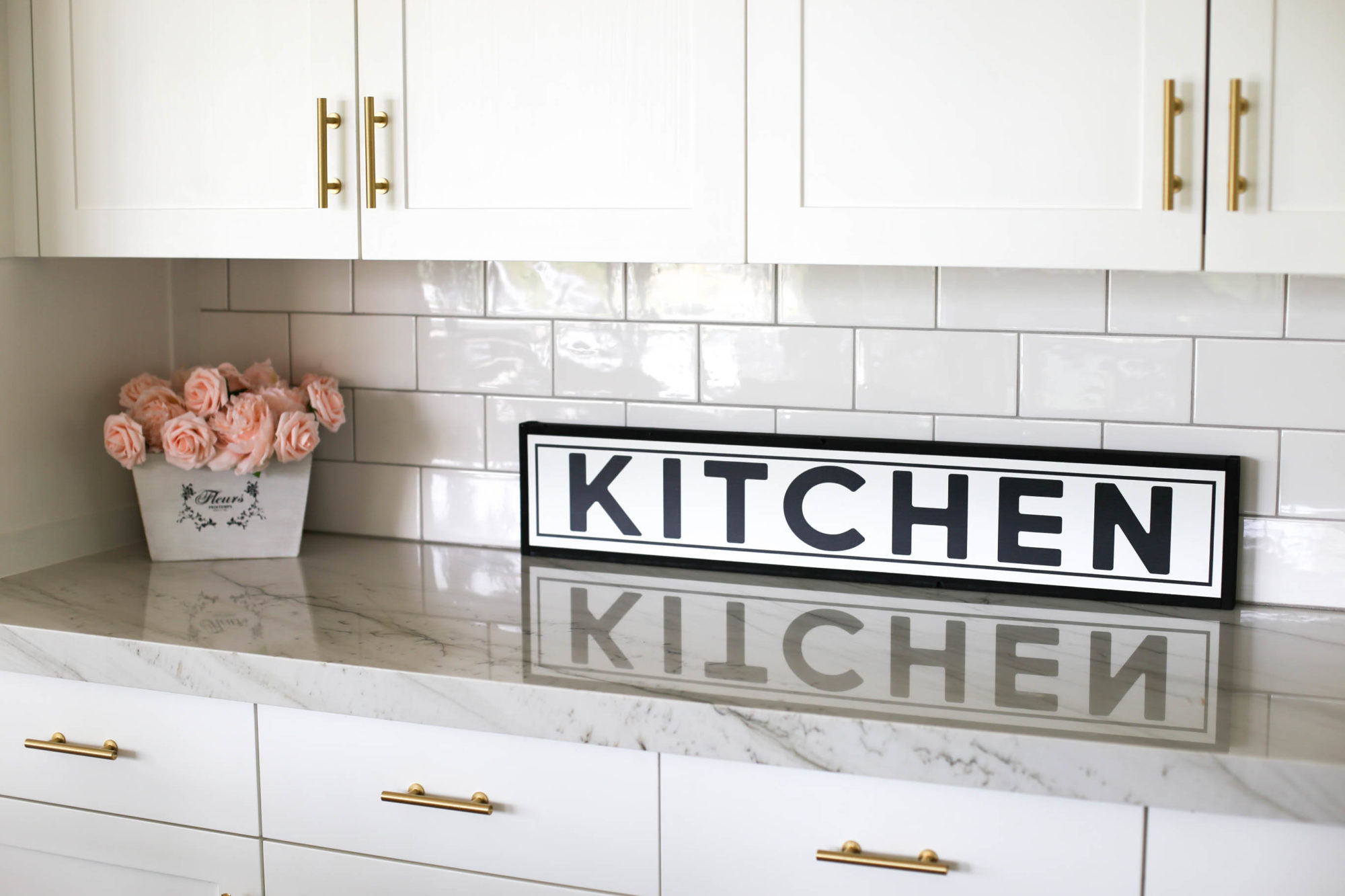 farmhouse kitchen deocr