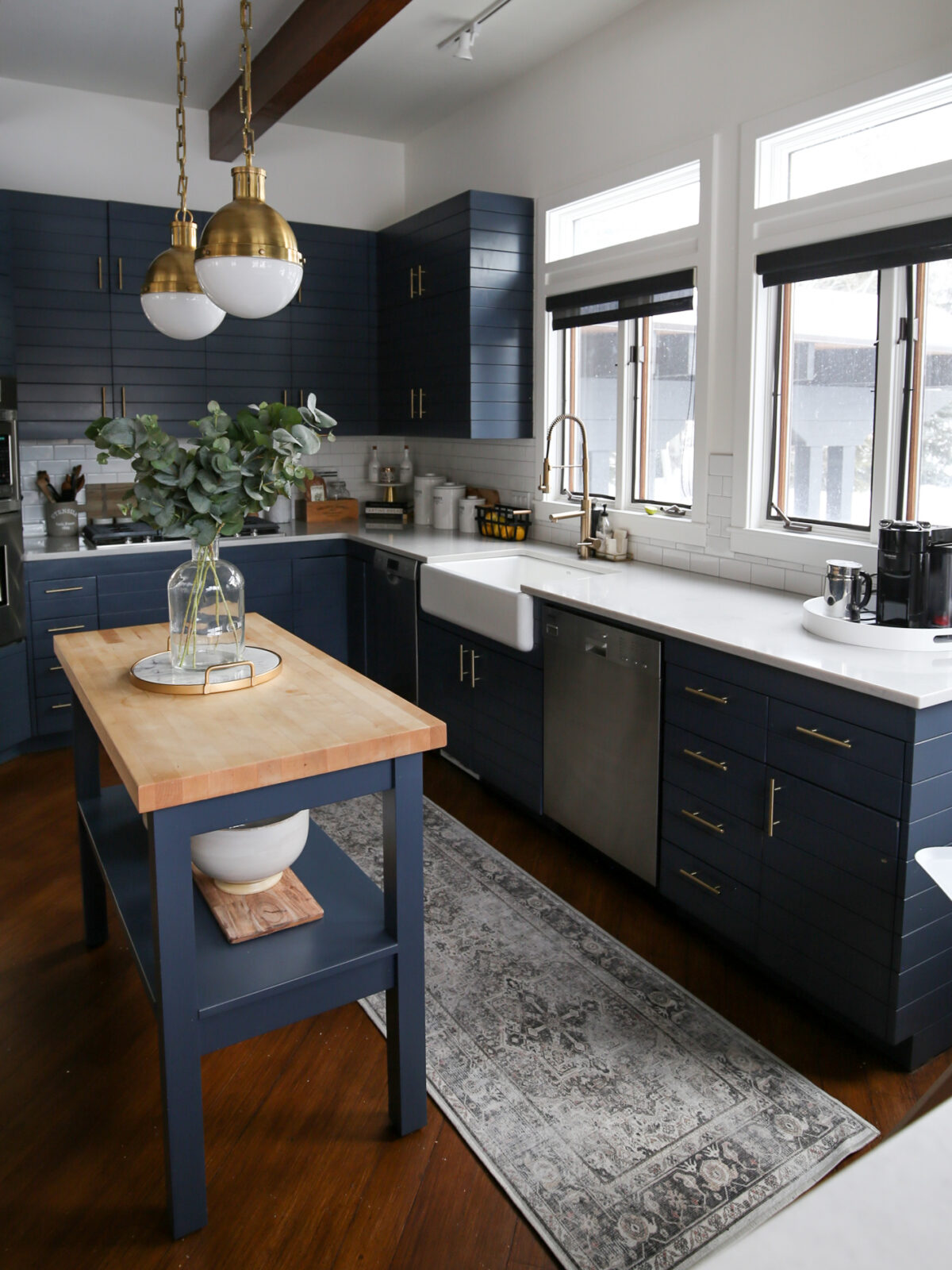 fixer upper blue kitchen