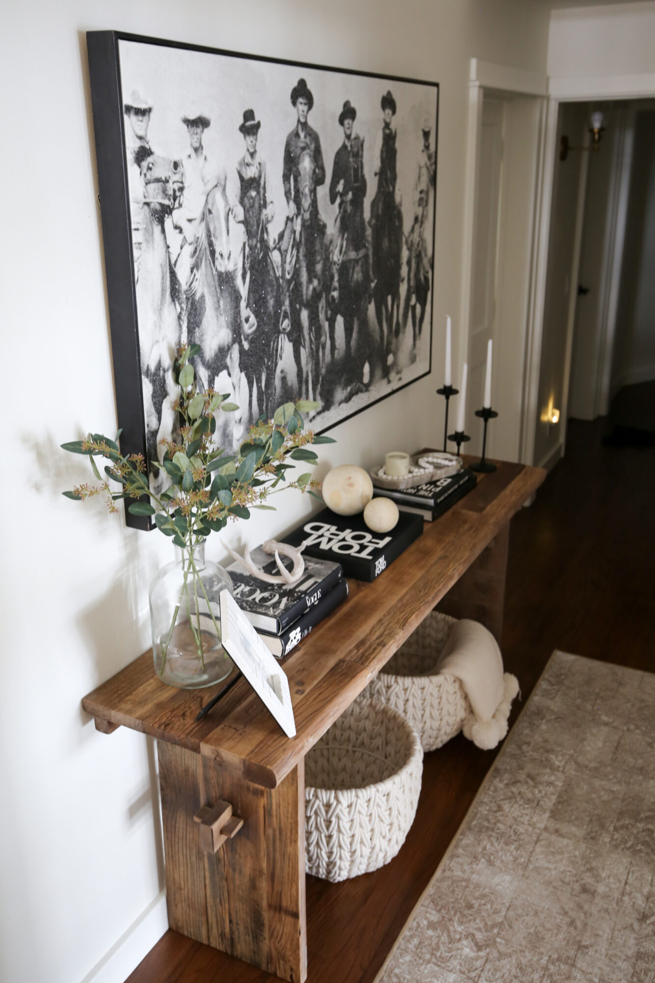 entryway coffee table