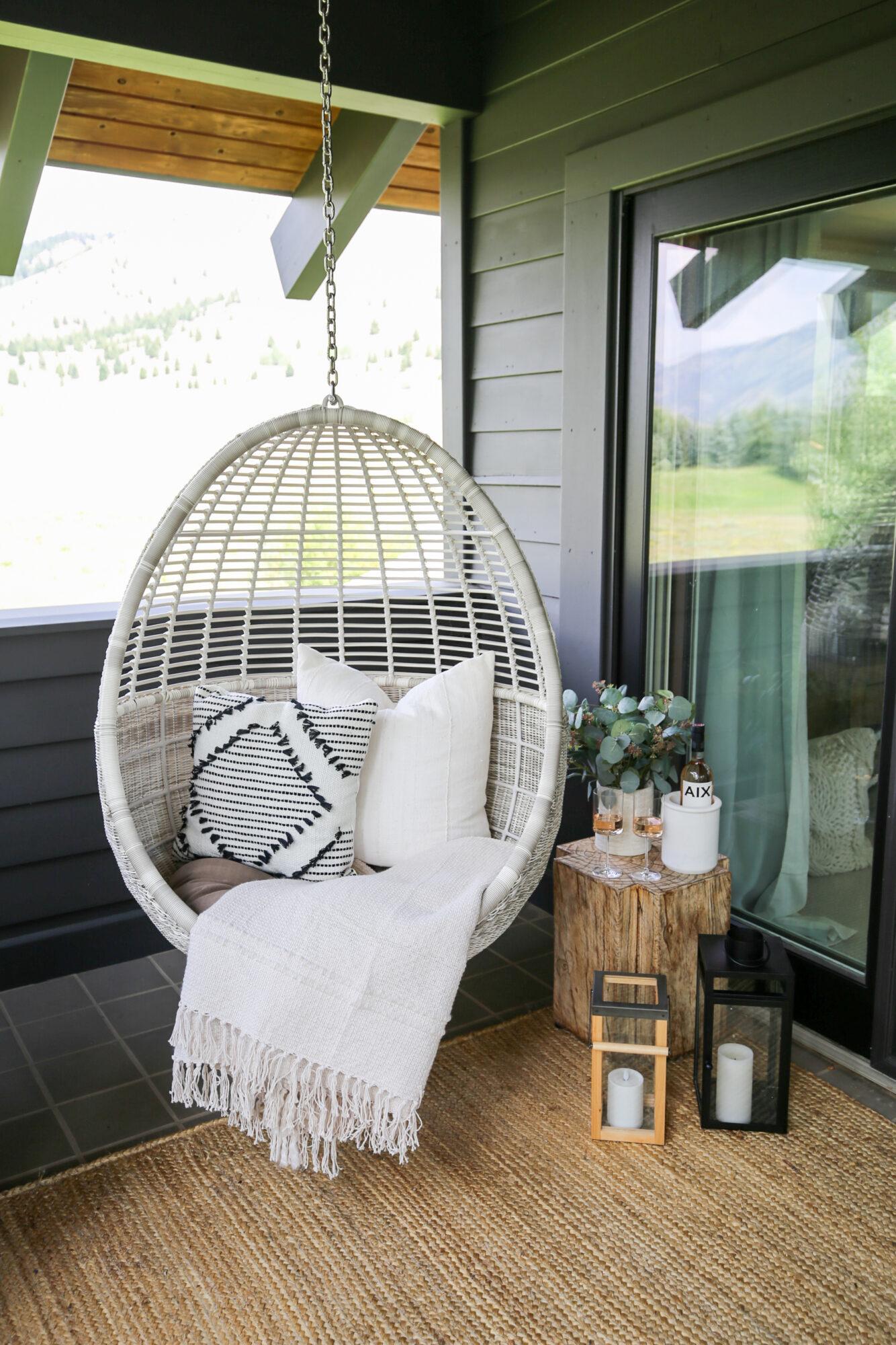 outdoor hanging chair nook_sbkliving_1