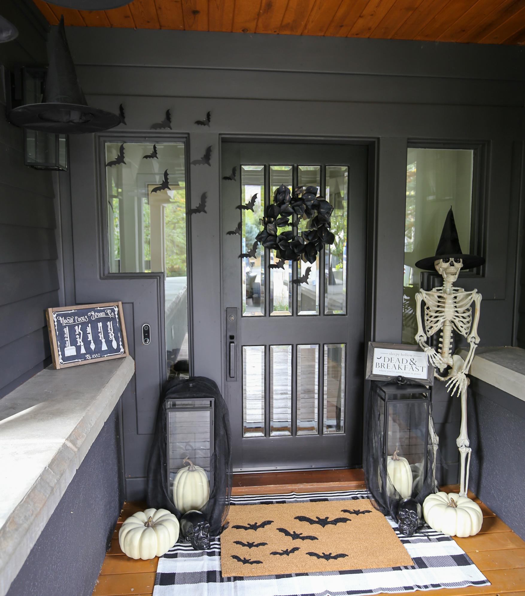 halloween front porch