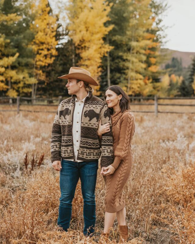 L O V E \ mom & dad but make it Yellowstone vibes🤠😜  A LOT has changed since moving to Idaho 4+ years ago… Flash forward to NOW and we couldn't imagine life without Ford and West🤍   Swipe right for a look back at our years in idaho captured by @amandacheriephoto 🤍  Sharing a look at our fall family photo sesh and outfit ideas for the entire crew (men, women and baby/toddler) on sbkliving.com🍂 Click the link in my bio to go to my site!🙋🏻♀️  #idahome #idaholife #sunvalleyidaho #familyphotography #familyphotos #fall #falloutfit #fallfashion #fallfamilyphotos